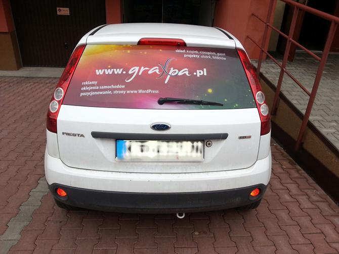 Oklejenie samochodu firmowego